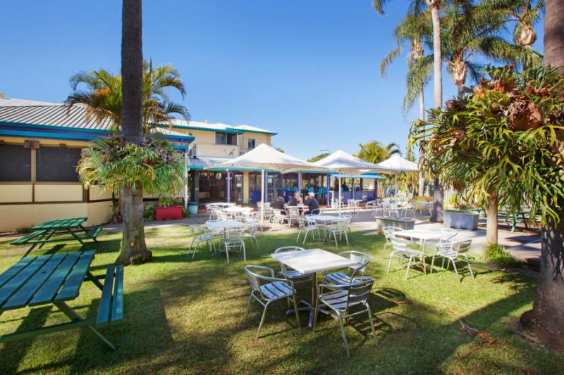 The Blue Pacific Hotel Bribie Island