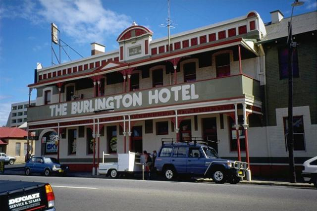Burlington Hotel, BUNBURY, WA | Pub info @ Publocation