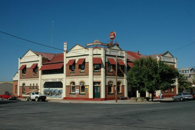 Kết quả hình ảnh cho The Doodle Cooma Arms Hotel, Henty, NSW