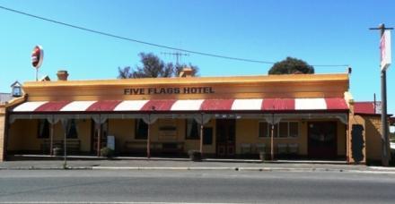 five flages hotel campbells creek vic pub info publocation