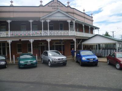 Albion Hotel - image 2