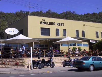 Anglers' Rest Hotel - image 1
