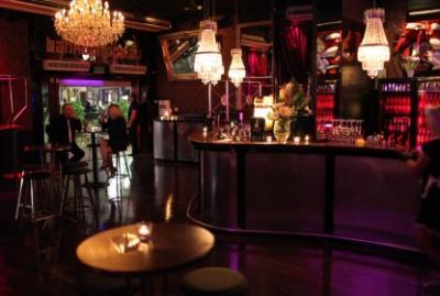 Bank Bar - image 3