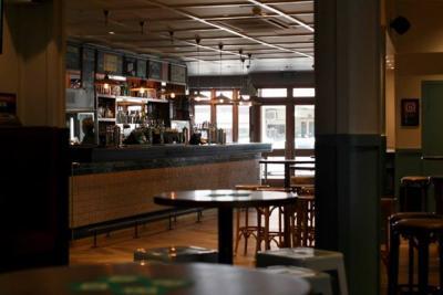 Bayview Tavern Hotel - image 3
