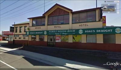 Bridge Hotel Motel