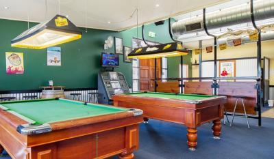 Brightview Tavern - image 2