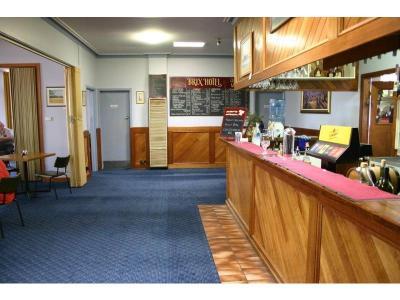 Brix Hotel - image 2