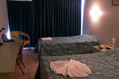 Cambridge Hotel - image 3