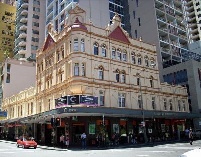 Chamberlain Hotel - image 1