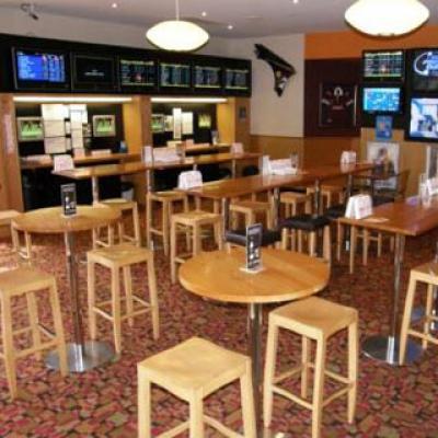 Chatswood Hills Tavern - image 3