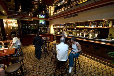 Coach & Horses Hotel - image 2