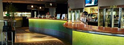 Commodore Hotel - image 2
