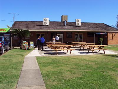 Coutts Tavern