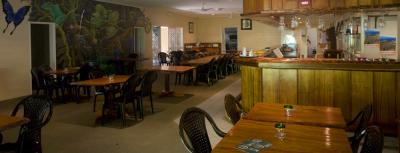Cow Bay Hotel - image 2