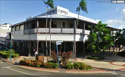 Crown Hotel - image 1