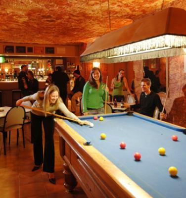 Desert Cave Hotel Motel - image 2