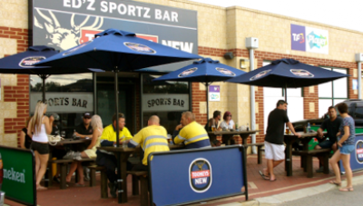 EDZ Sportz Bar and Bistro - image 2