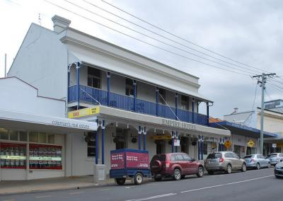 Empire Hotel - image 1