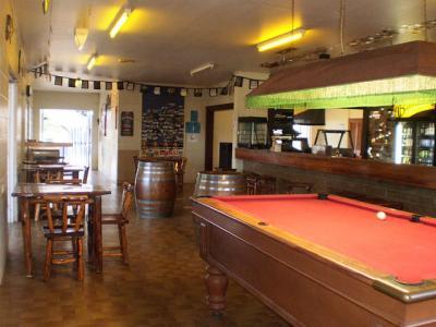 Epsom Retreat Hotel - image 1