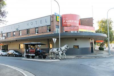 Fairfield Hotel - image 4