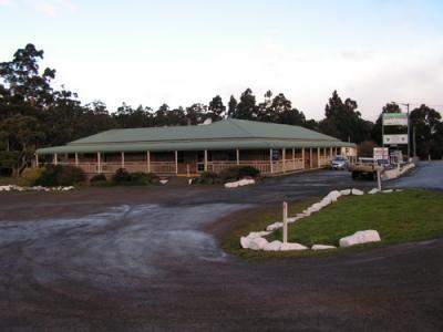 Southport Hotel & Caravan Park
