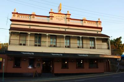 Federal Hotel- The Squealing Pig - image 1