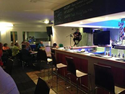 Finbars Irish Bar - image 3