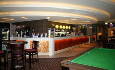 Freeway Hotel - image 2