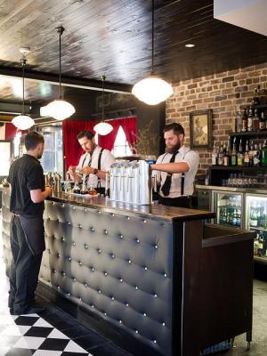 Gardel's Bar - image 3