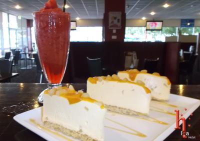 Isa Hotel Dessert Selection