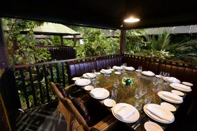 A Tree-house in The Jungle Restaurant