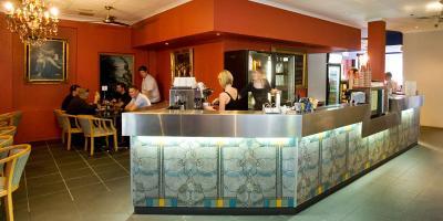 L'Academie Hotel - image 3