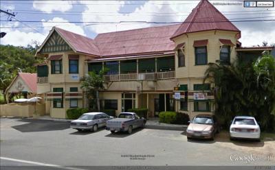 Lakes Creek Hotel - image 1