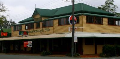 Landsborough Hotel - image 1