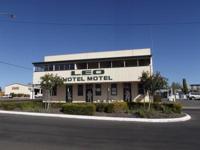 Leo Hotel Motel - image 2