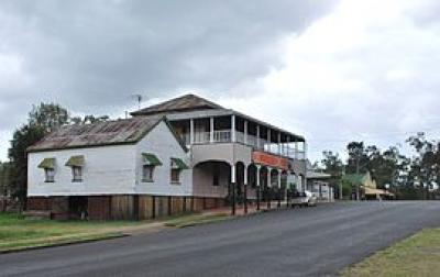 Linville Hotel - image 1