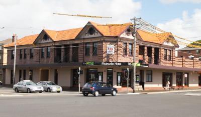 Matraville Hotel