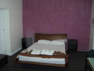 McGuires CBD Hotel - image 5