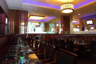Melbourne Hotel - image 2