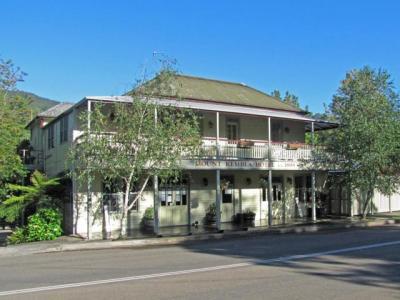 Mt Kembla Hotel