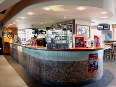 Narellan Hotel - image 2