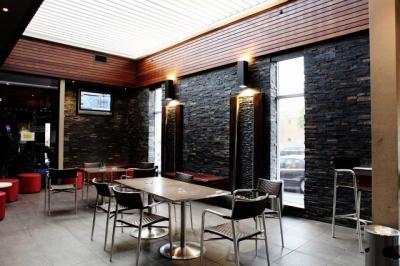 Newmarket Tavern - image 5