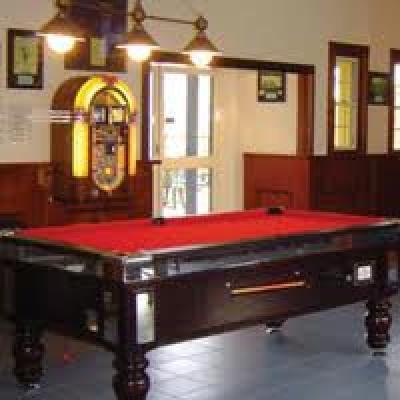 O'Duinns Irish Pub - image 3