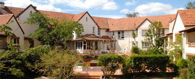 Olims Canberra Hotel - image 1
