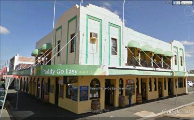 Paddy's Planet Irish Pub & Backpackers - image 1