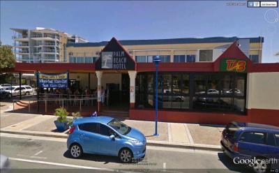 Palm Beach Hotel - image 2