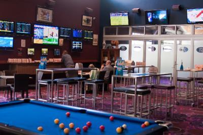 Park Ridge Tavern - Sports Bar