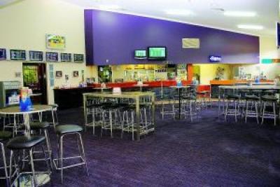 Parkhurst Tavern - image 3