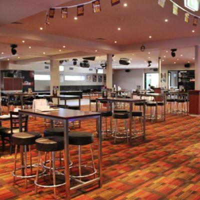 Parkwood Tavern - image 2