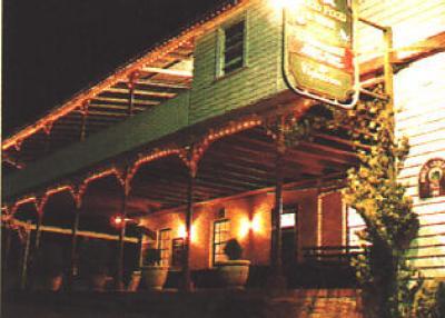 Peel Inn Hotel